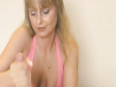 Milf Trish Demaris gives a tugjob measurement Jimmy is snooze