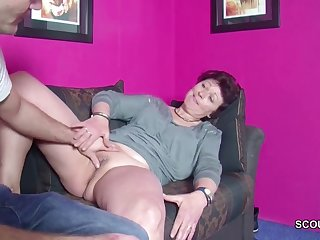 Maturbating stepmom here