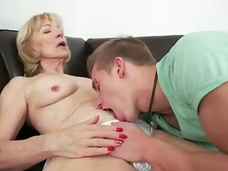 MILF fucked in the couch