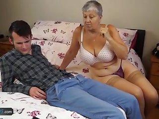 Mature chubby Christina and Sam Bourne together