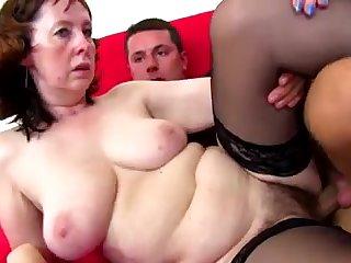 Amateur mature mom fucks young pervert
