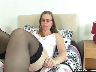 UK milfs pussy