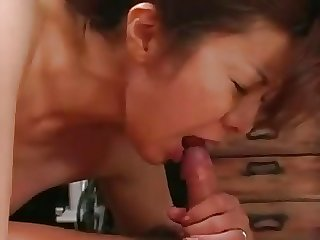 STP His Horny Mom Is Desperate For Cum !