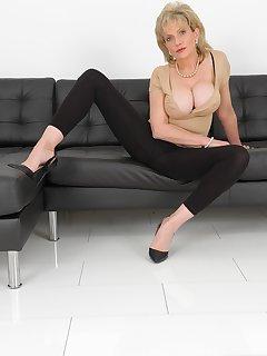 16 of Leggings And Big Tits