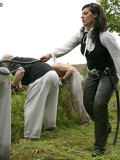<!–-IMAGE_COUNT-–> of WORKING SLAVES FOR MISTRESS EZADA I.