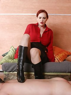 <!–-IMAGE_COUNT-–> of Mistress tramples a malesub by boots