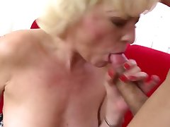 Mature mom suck and fuck young cock like pro
